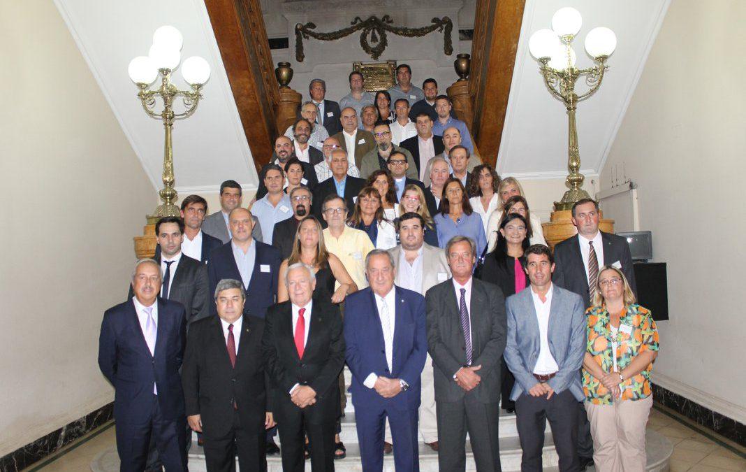 Firma del Acuerdo del Bicentenario de Tandil